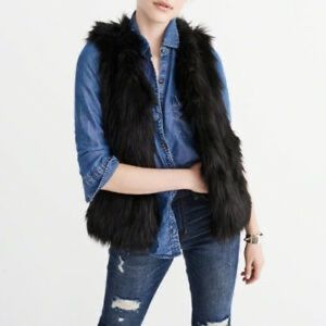 Abercrombie & Fitch Faux Fur Vest (BLACK)